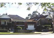 , Two houses built by Henry Green in Warringah Road, Cammeray, dating to around 1915. Photograph by Ian Hoskins, 2015
